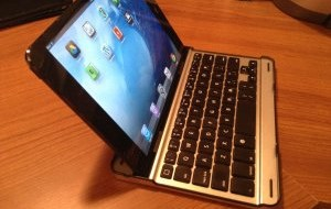Cool Little Keyboard for the iPad Mini [Review]